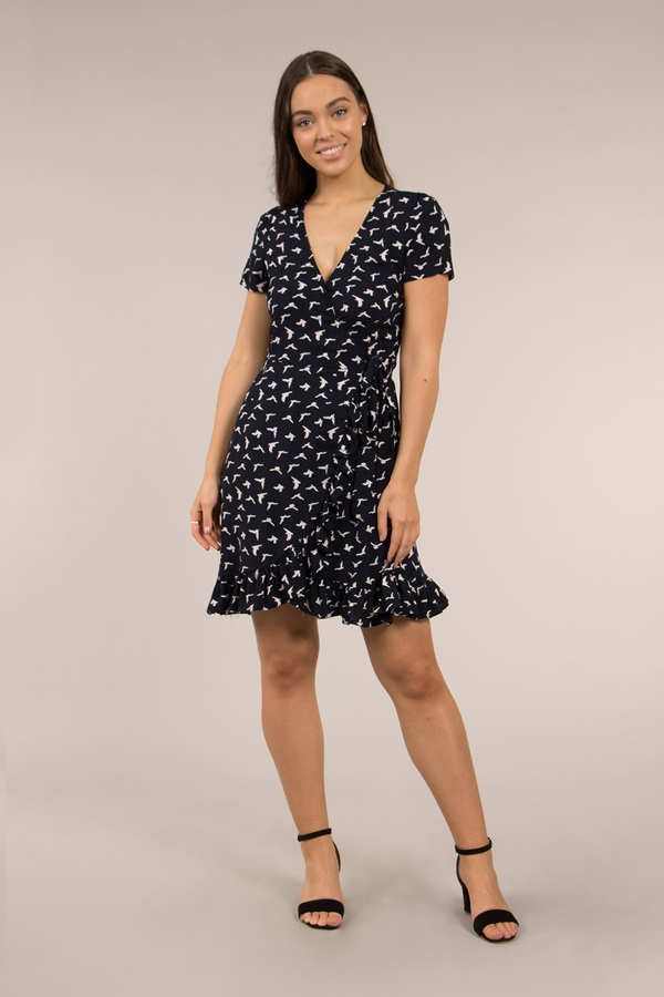 Short Sleeve Bird Print Wrap Dress
