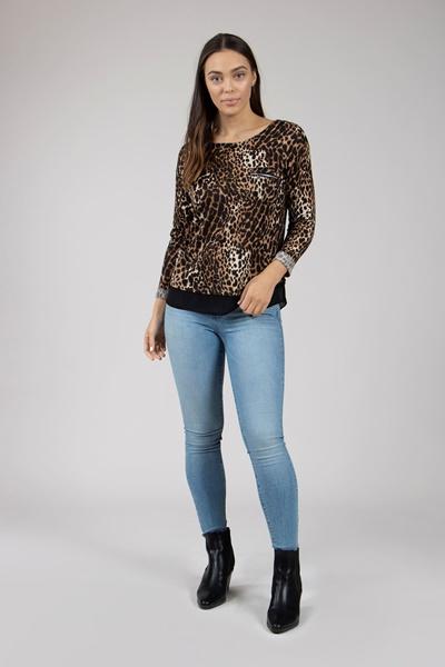 e1dd20efff67af Contrast Hem Leopard Top